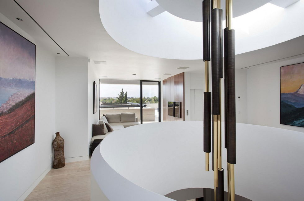 s-v-house-in-spain-from-a-cero-24