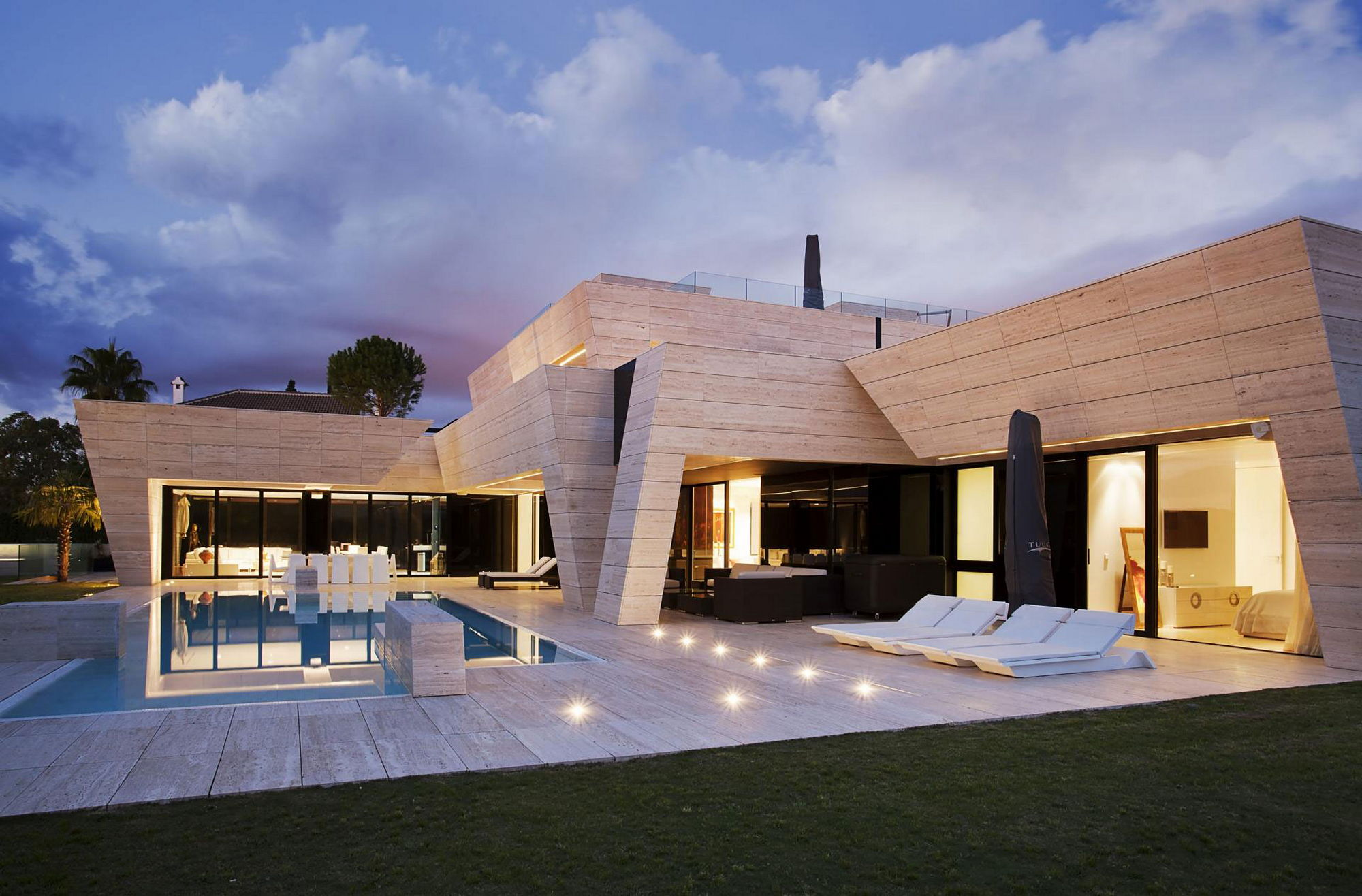 S v house in spain from a cero for Modern houses in spain