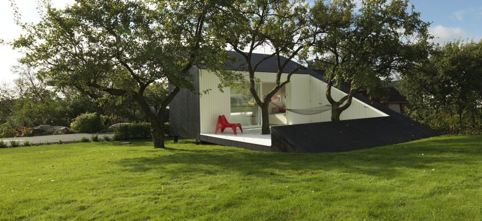 slice-the-tiny-rest-house-in-norway-7