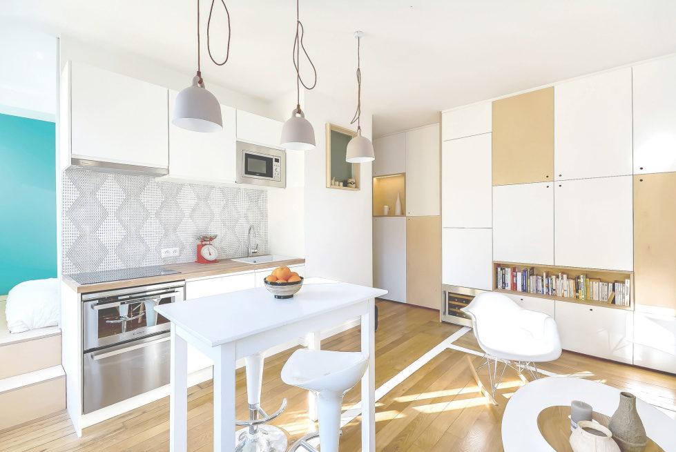 the-tiny-apartment-in-paris-1
