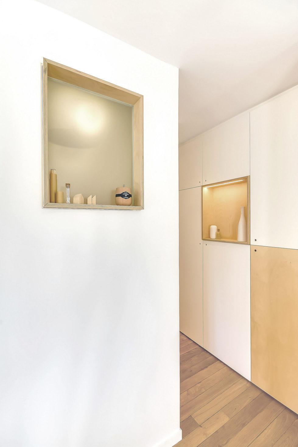 the-tiny-apartment-in-paris-7