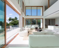 casa-bahia-the-villa-of-a-movie-director-in-miami-11