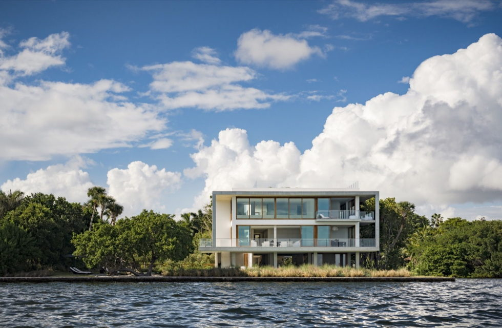 casa-bahia-the-villa-of-a-movie-director-in-miami-7