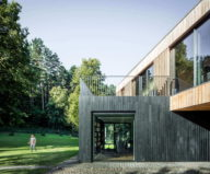 modern-house-instead-of-the-old-farm-in-vilnius-15
