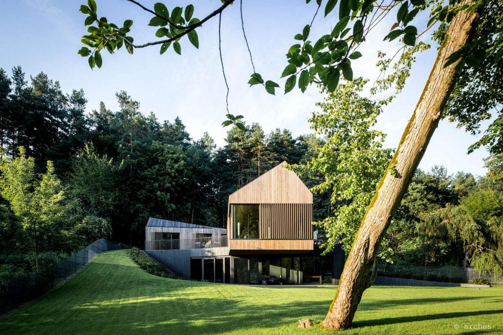 modern-house-instead-of-the-old-farm-in-vilnius-19