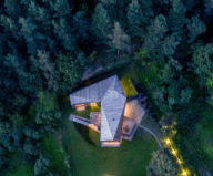 modern-house-instead-of-the-old-farm-in-vilnius-27