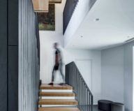 modern-house-instead-of-the-old-farm-in-vilnius-7