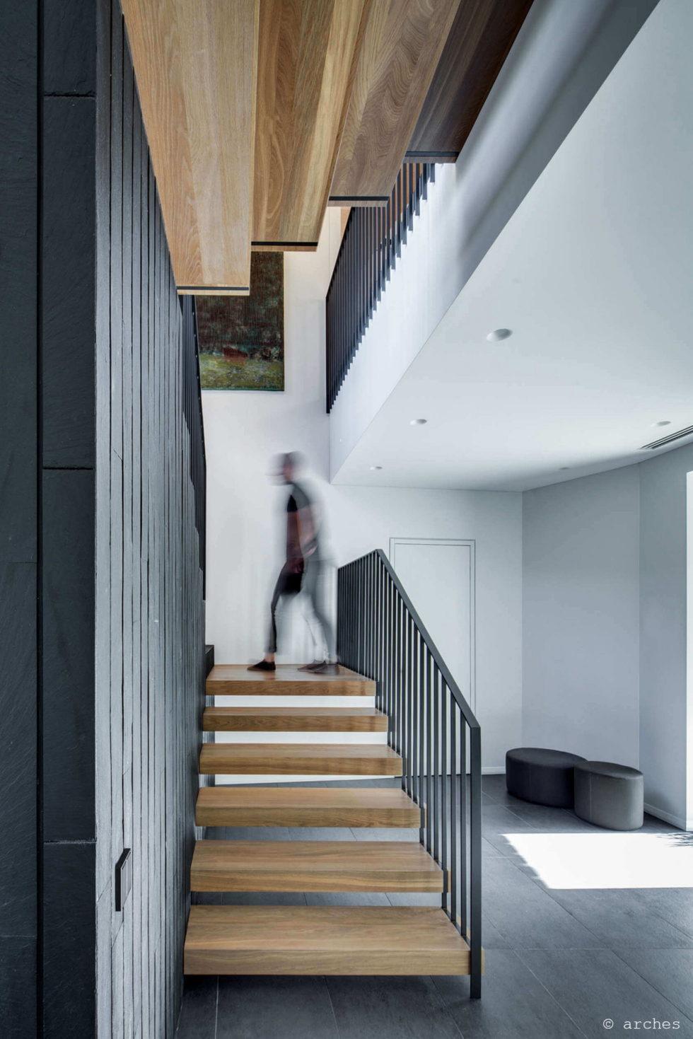 modern-house-instead-of-the-old-farm-in-vilnius-7