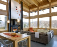 nahahum-the-cozy-house-aslope-the-hill-in-the-usa-8