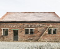 new-life-of-the-old-barn-in-belgium-1