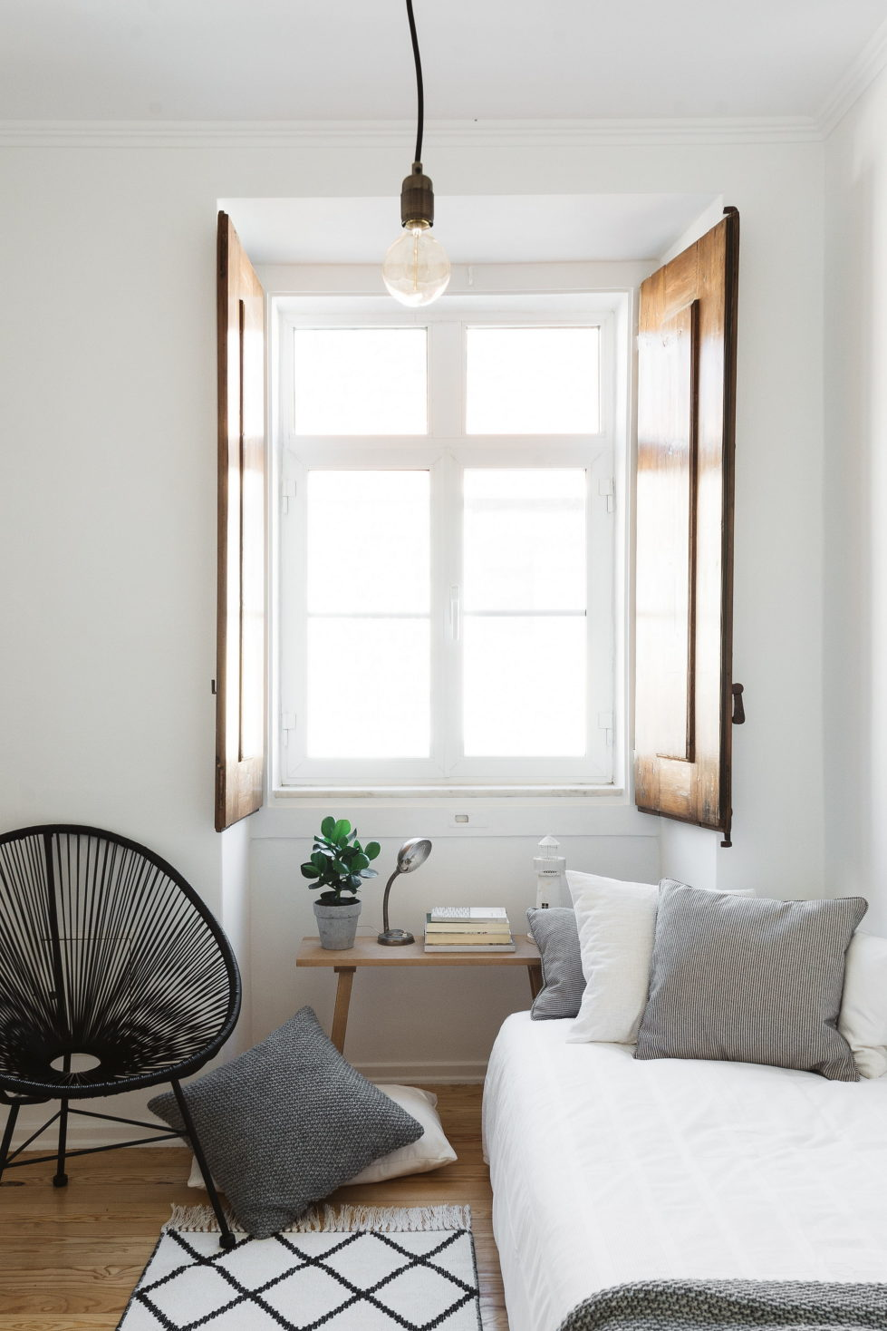 the-light-apartment-in-lisbon-10