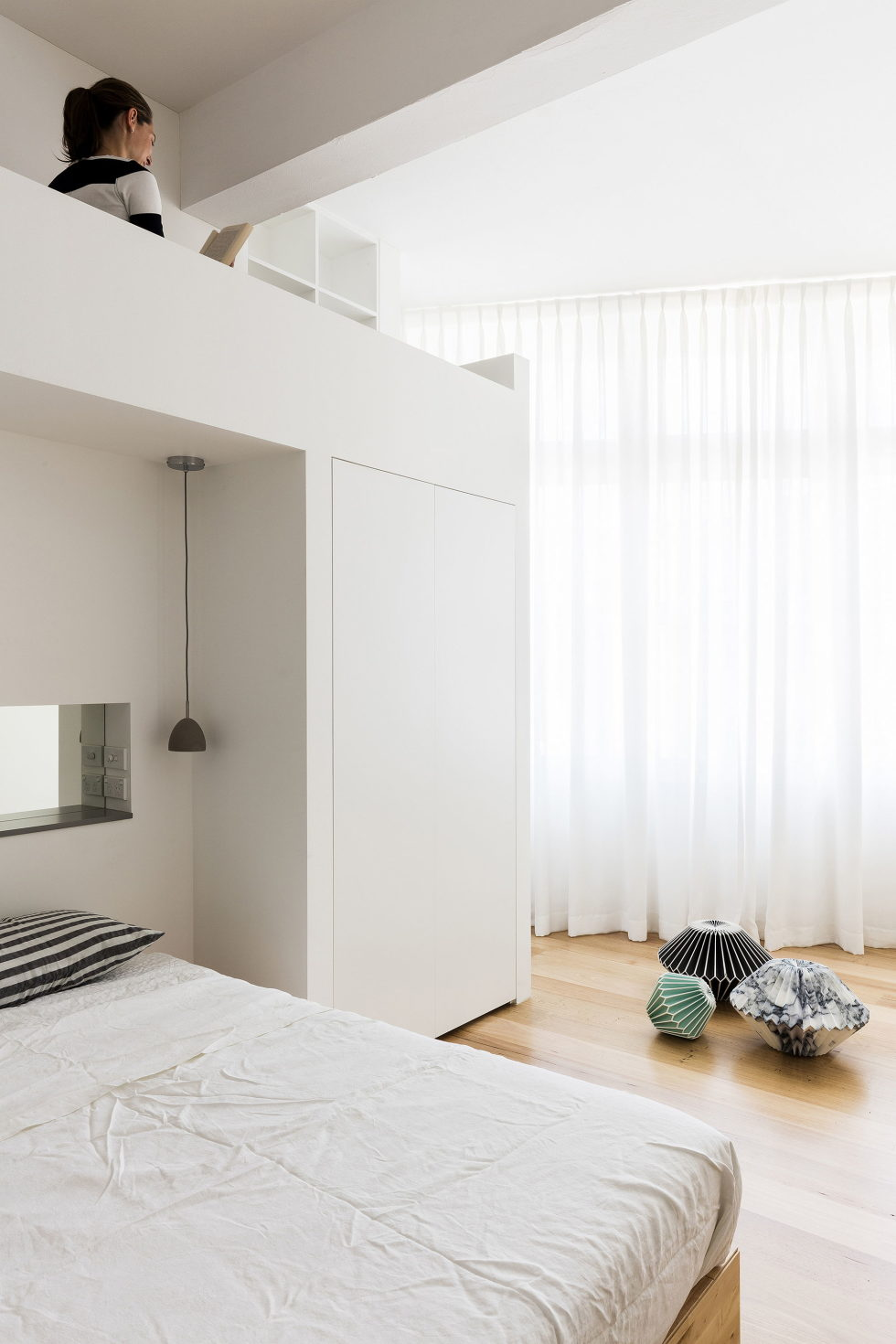 the-two-level-apartments-in-a-suburb-of-sydney-13