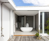 the-two-level-apartments-in-a-suburb-of-sydney-9