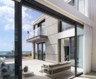 the-villa-on-the-mediterranean-coast-1