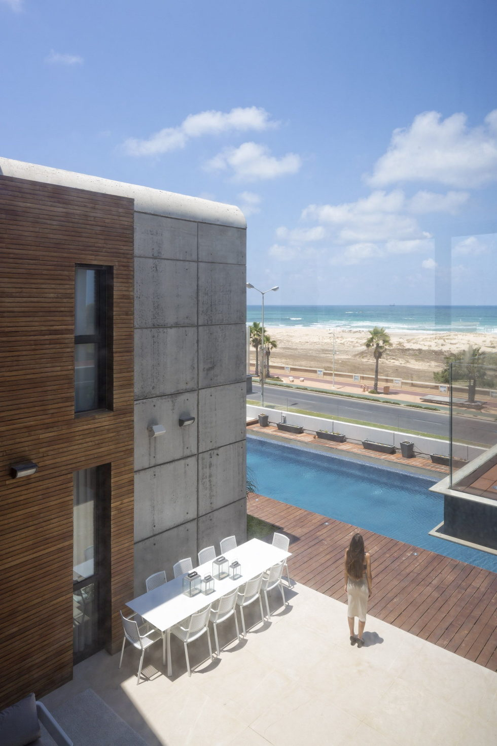 the-villa-on-the-mediterranean-coast-18