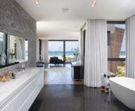 the-villa-on-the-mediterranean-coast-22