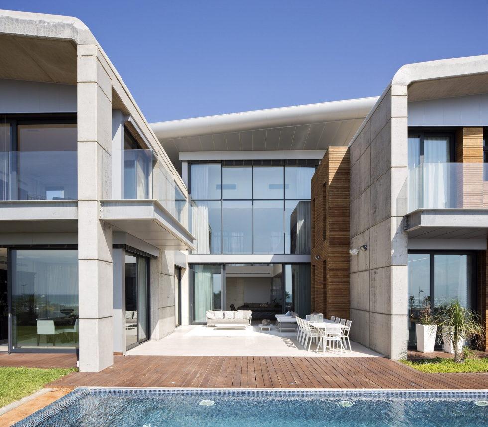 the-villa-on-the-mediterranean-coast-23