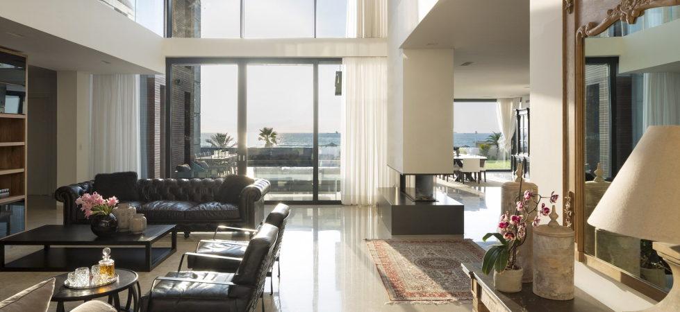 the-villa-on-the-mediterranean-coast-9
