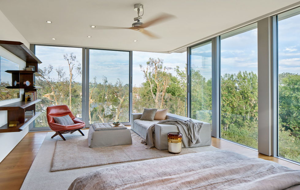tree-top-residence-the-manor-in-los-angeles-10