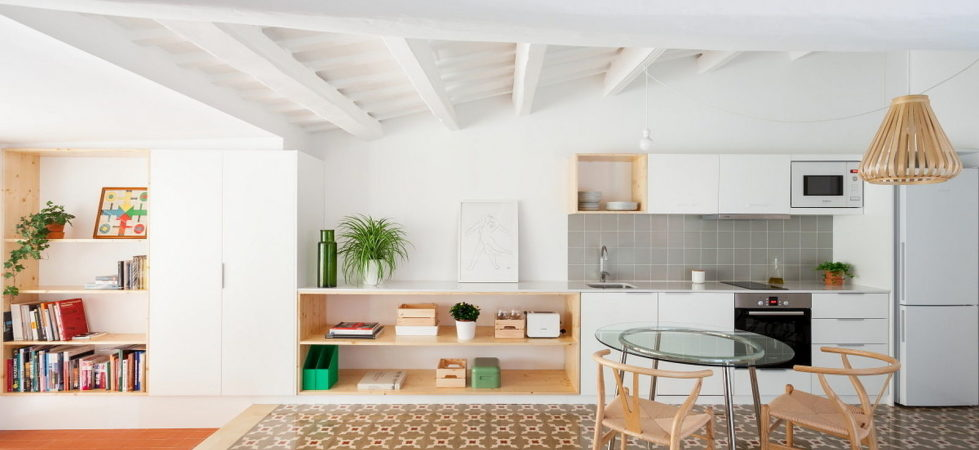 reconstruction-of-the-apartment-at-a-residential-district-in-barcelona-2