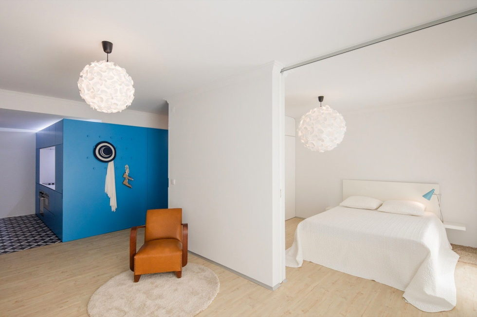 small-apartment-reconstruction-in-portugal-12
