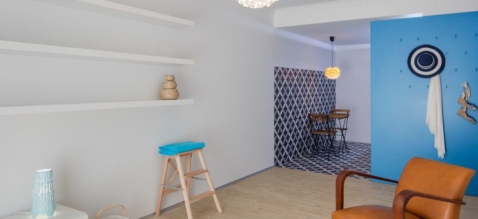 small-apartment-reconstruction-in-portugal-15