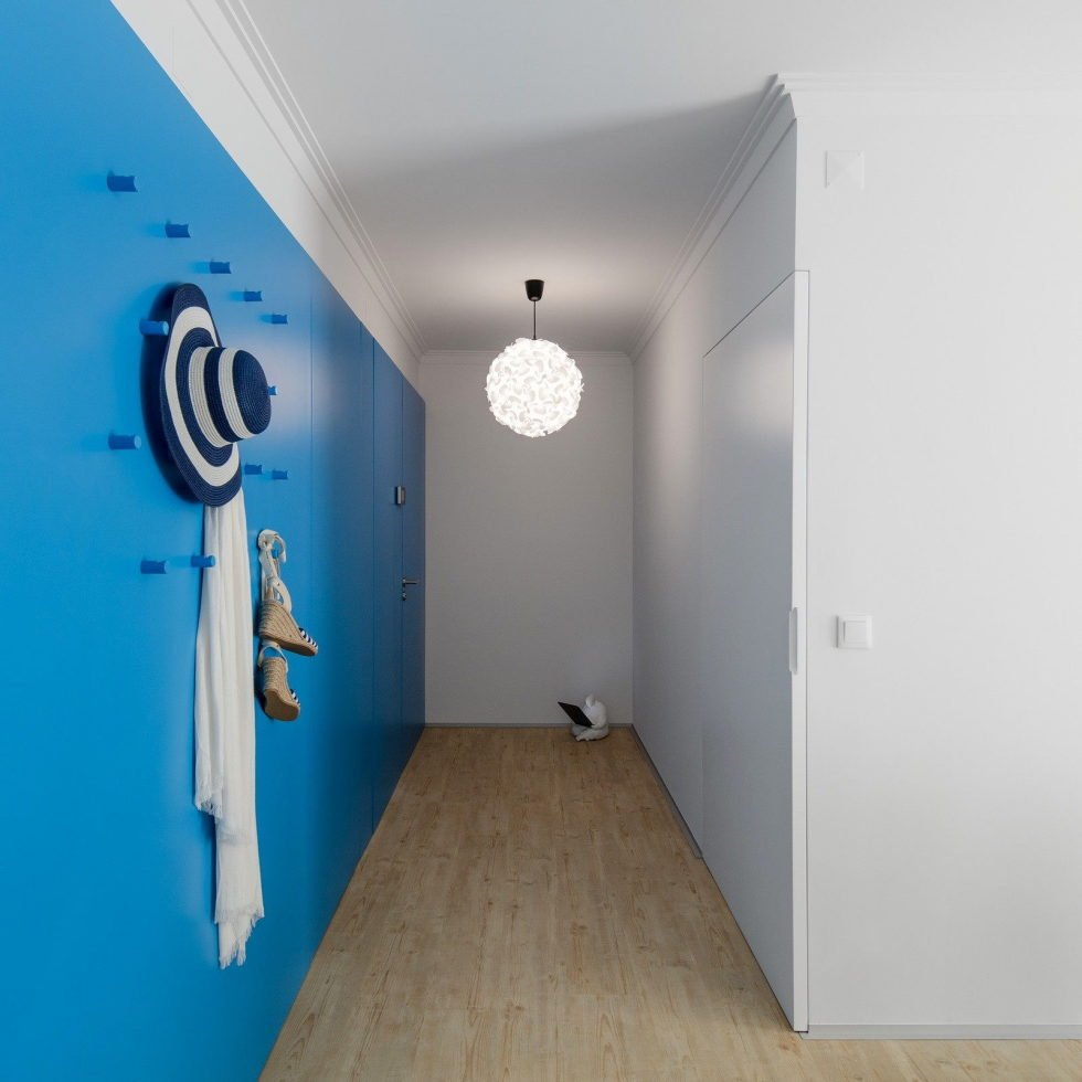 small-apartment-reconstruction-in-portugal-2