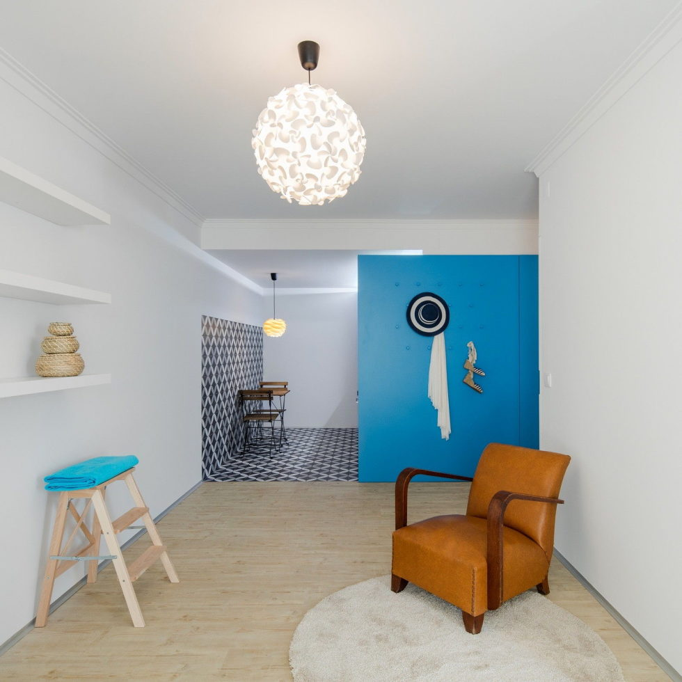 small-apartment-reconstruction-in-portugal-8