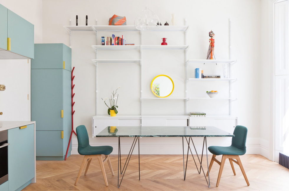 the-bright-and-cheerful-apartment-interior-london-4