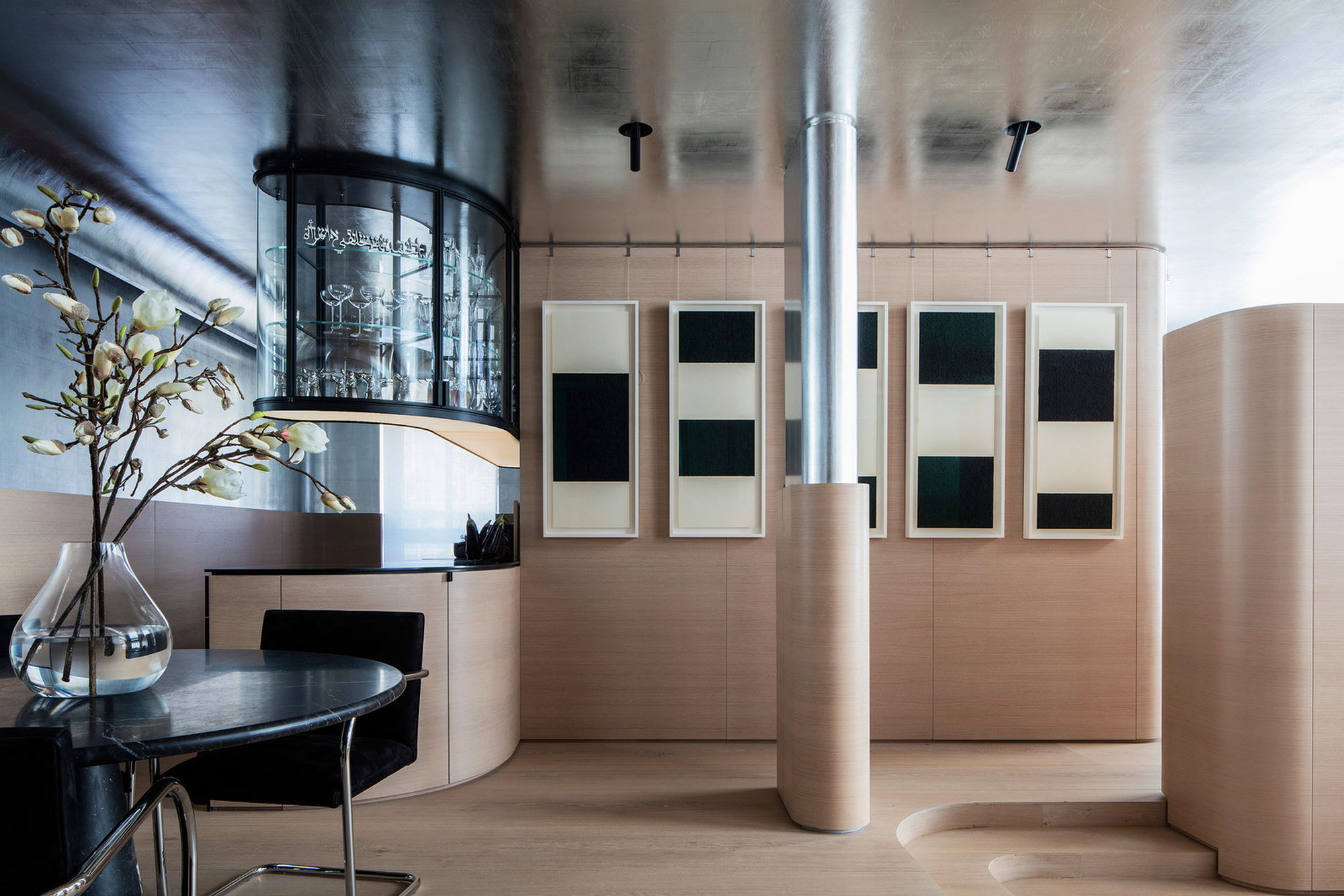 the manhattan apartment. Black Bedroom Furniture Sets. Home Design Ideas