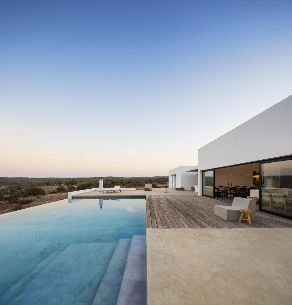 the-villa-in-portugal-11