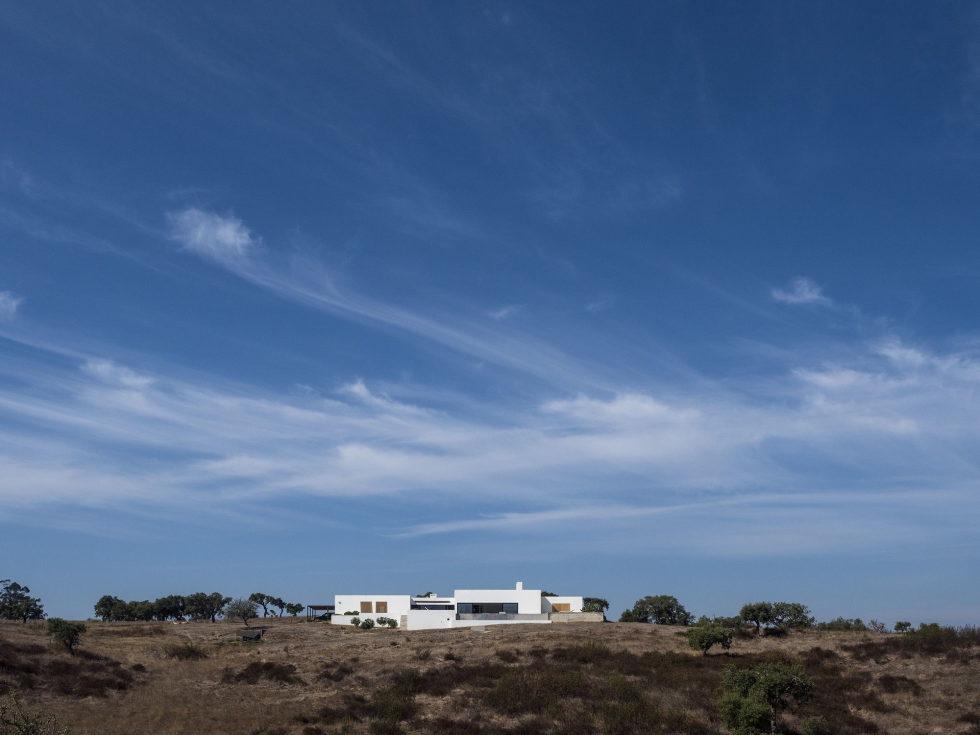 the-villa-in-portugal-12
