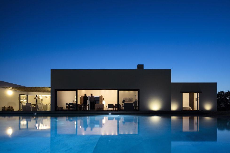 the-villa-in-portugal-9