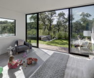 Bracketed Space The Family Residence In Texas 15