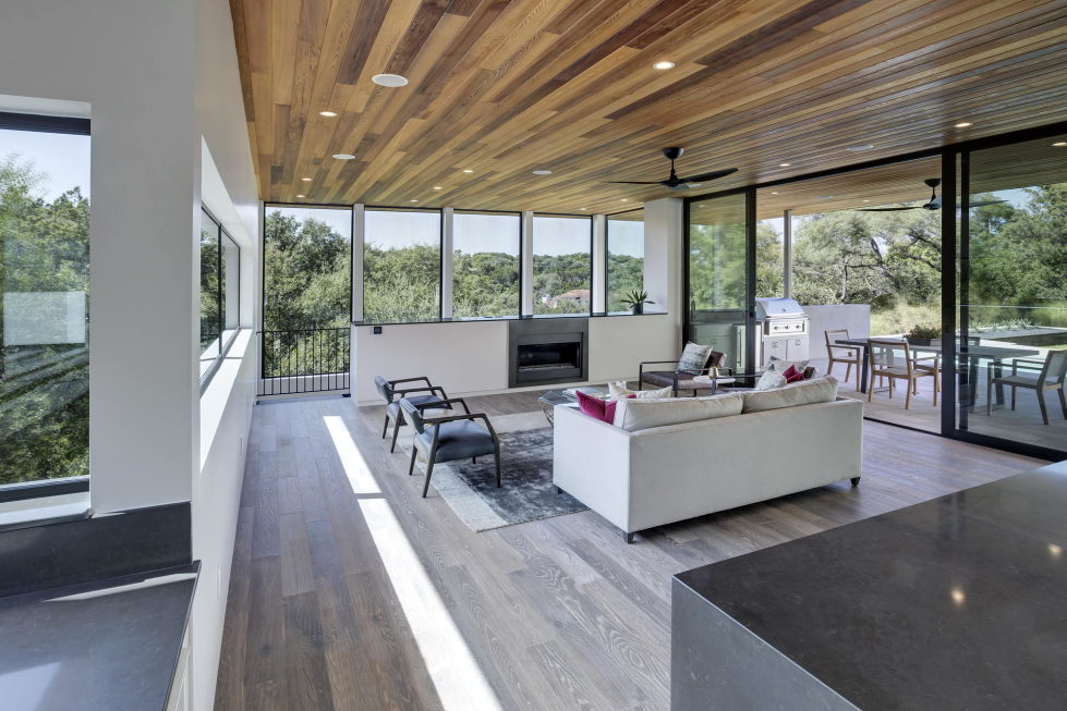 Bracketed Space The Family Residence In Texas 16