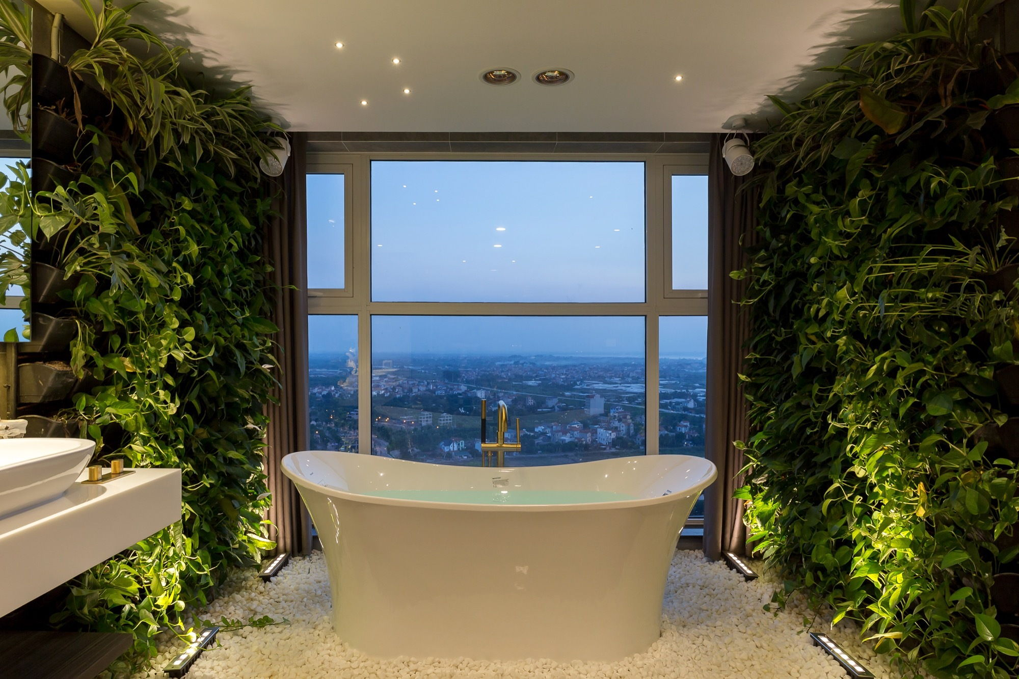 Ecopark: The Penthouse With Garden In Vietnam