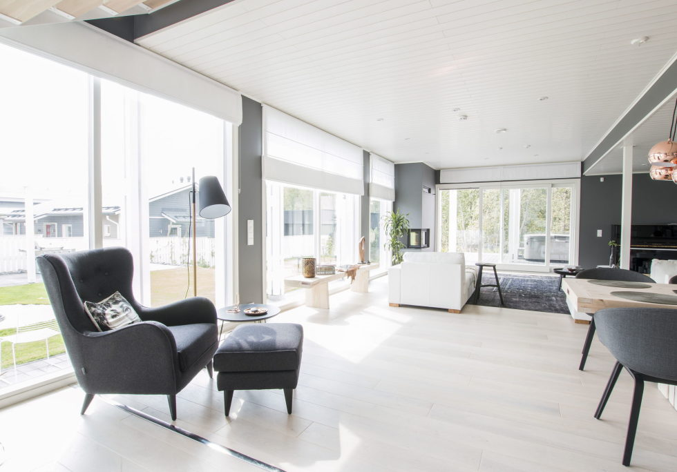 Muurame The Wooden Villa On The Lake Shore In Finland 4