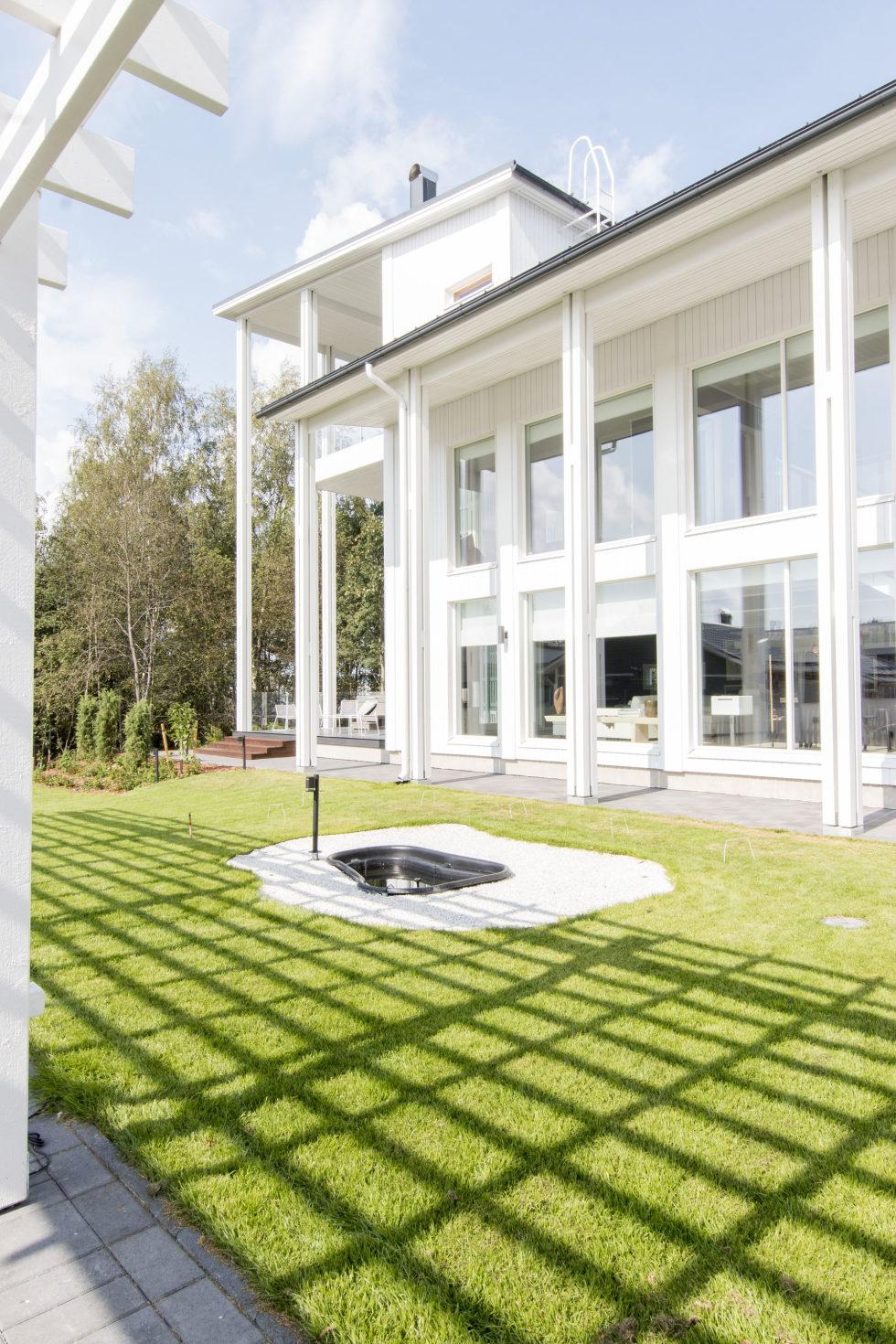 Muurame The Wooden Villa On The Lake Shore In Finland 7