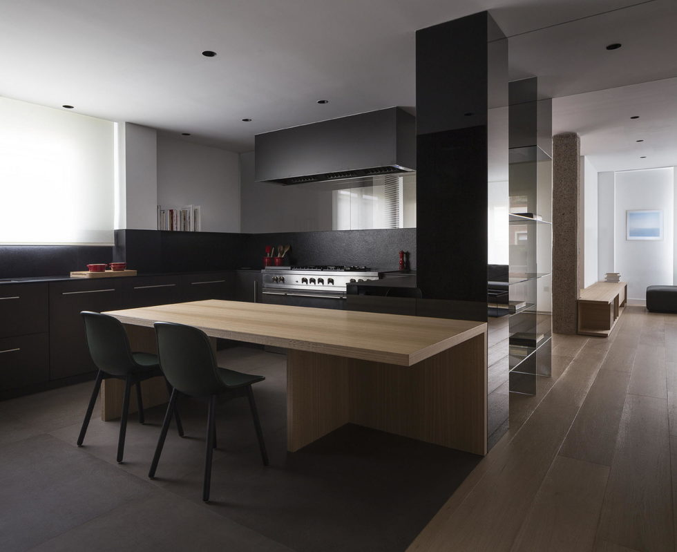 The Apartment with Sliding Panels in Valencia 5