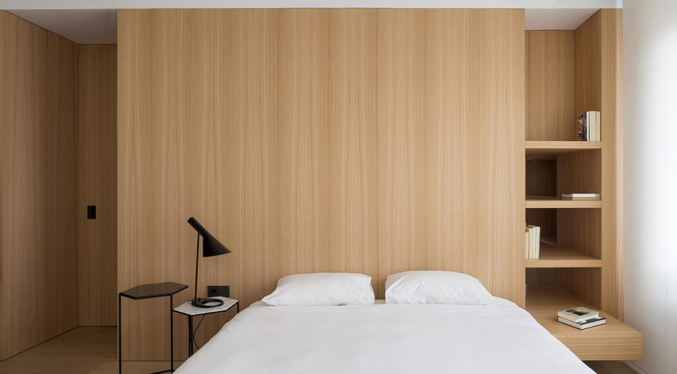 The Apartment with Sliding Panels in Valencia 9