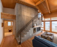 The Beach House On A Rivers Shore In Canada 2