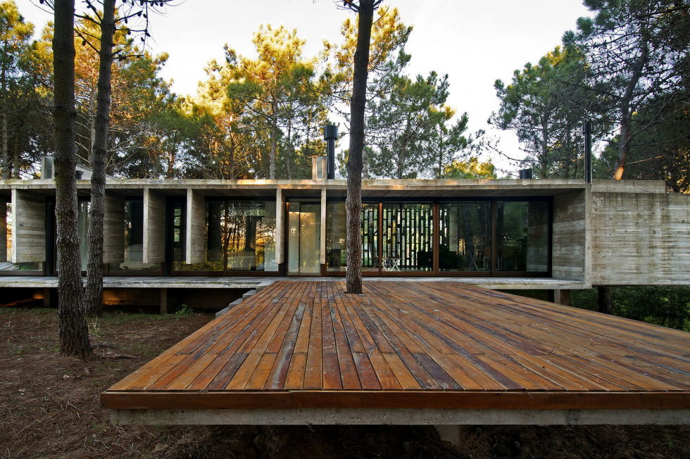 the-concrete-house-for-a-family-in-argentina-5