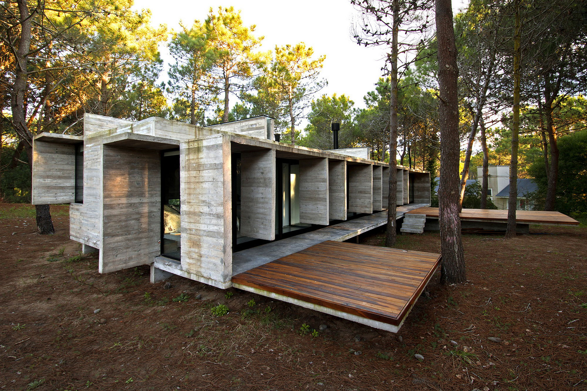 The Concrete House For A Family In Argentina