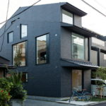 The House With Large Windows In Japan 1