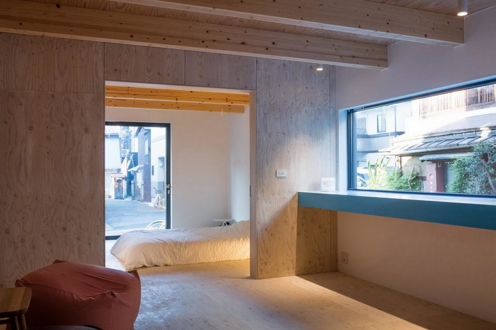 The House With Large Windows In Japan 5