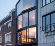 The House With Polyangular Glass Facade In Belgium 2