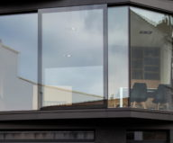 The House With Polyangular Glass Facade In Belgium 24