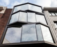 The House With Polyangular Glass Facade In Belgium 25