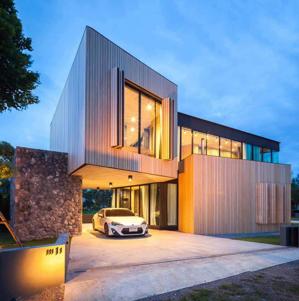 The Residence for A Big Family in Thailand 16