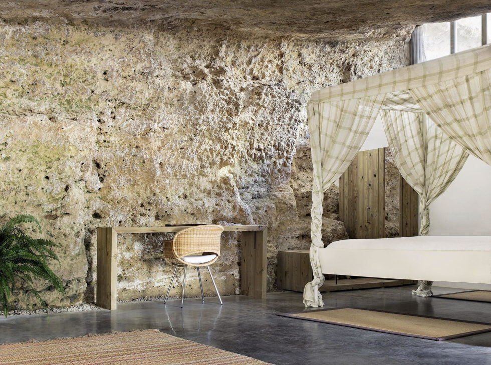 House Cave The Unusual Residence in Spain 12